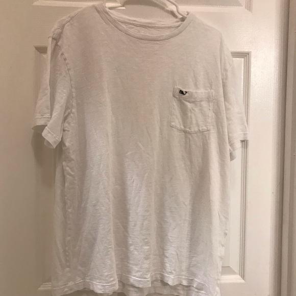 Vineyard Vines Other - Vineyard Vines White T-shirt with pocket